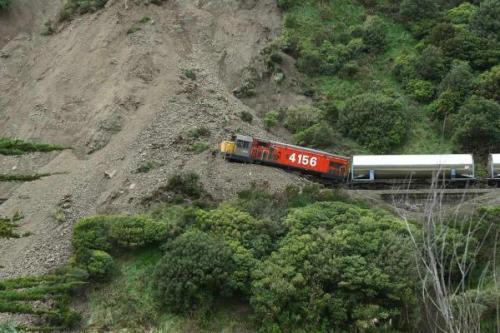 Manawatu Gorge landslide 2010